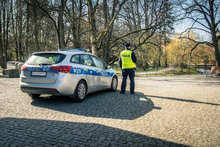 """Policja Racibórz: Nadal trwają policyjne działania """"Bezpieczna droga do szkoły"""""""