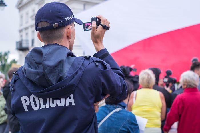 Policja Racibórz: Bezpieczna kobieta–akcja profilaktyczna raciborskiej policji